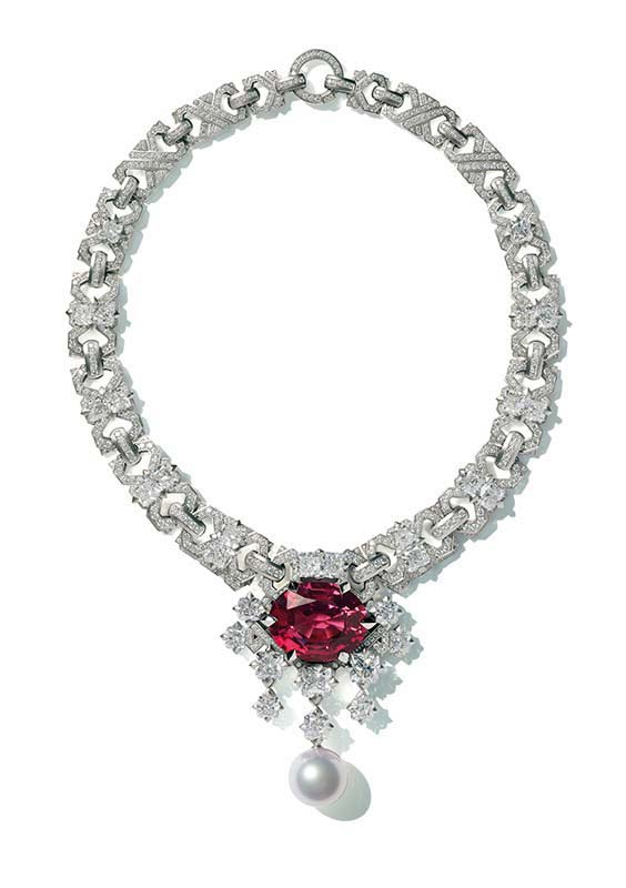 37: Necklace, White Gold, Spinel, Diamonds, Pearl